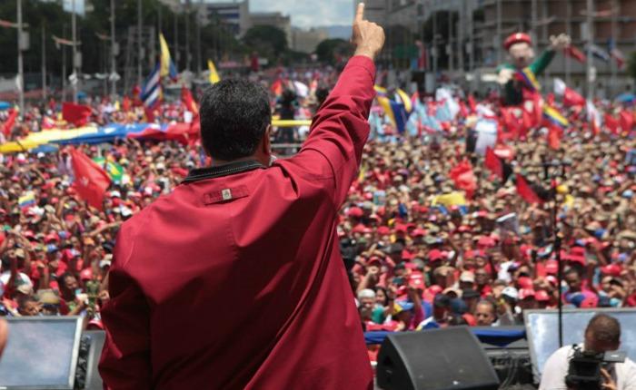Maduro: Tengo listo el decreto para allanar la inmunidad parlamentaria de todos los cargos públicos