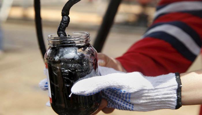 Se acabó la fiesta: El suministro de crudo superaría la demanda en 2017
