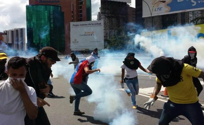 Hasler Iglesias: Más de 50 estudiantes han resultado heridos por represión militar y policial