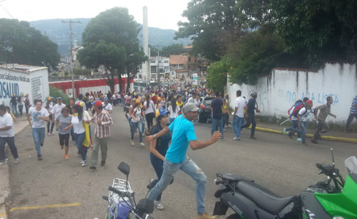 "Táchira se encendió tras la ""Toma de San Cristóbal"": reportaron heridos"