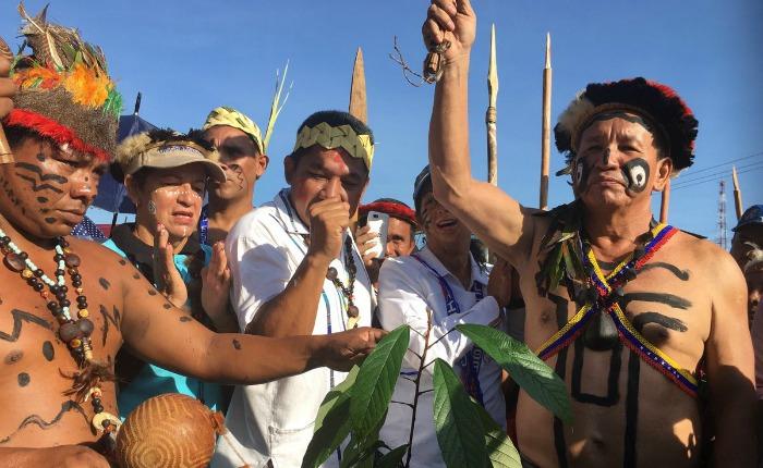 Amazonas se llama desde este #12Oct 'Estado Indígena de Amazonas'