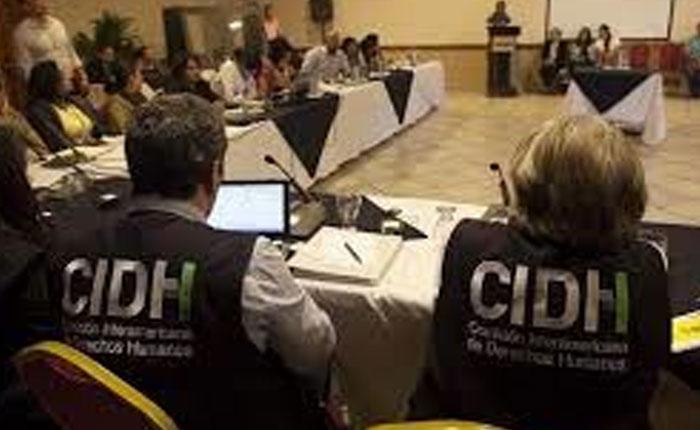 Derechos sin revés: Para lograr que crímenes contra los DDHH no se repitan es indispensable recuperar la verdad y vencer el miedo