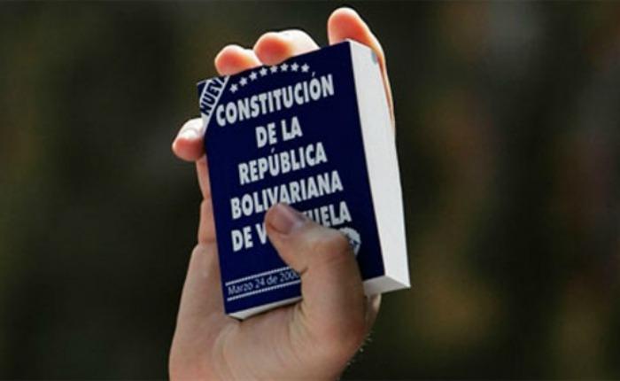 Constitución-.jpg