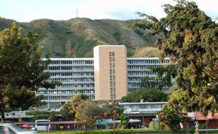 Denuncian persecución a médicos del Hospital Central de Maracay