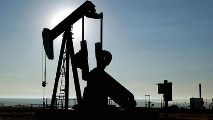 Petróleo venezolano sigue bajando y cierra la semana en 40,72 dólares