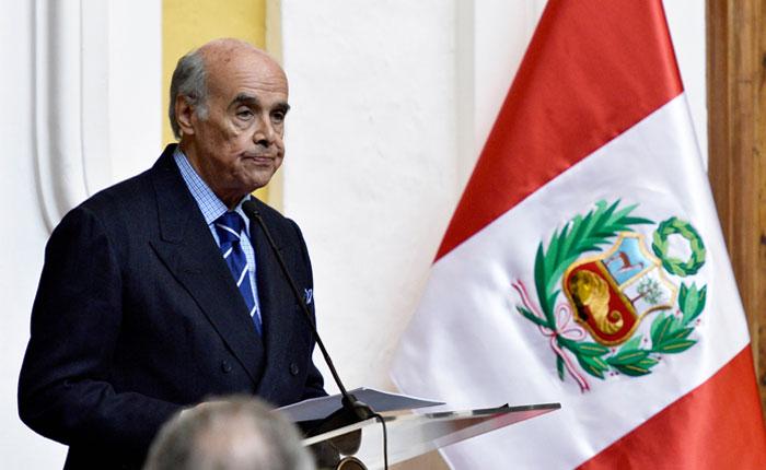 Perú llamará embajador para conocer situación en Venezuela