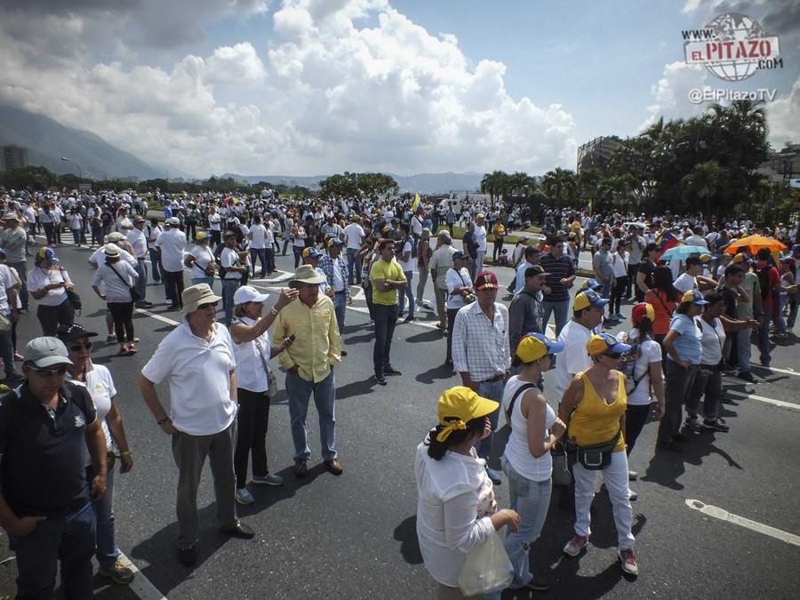 toma-de-venezuela-10