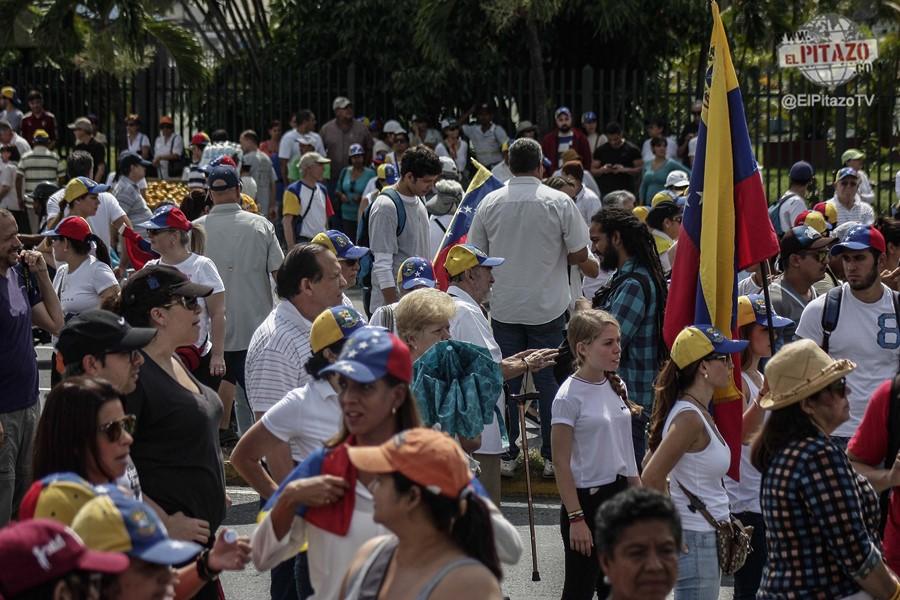 toma-de-venezuela-21