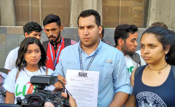 Estudiantes de la UCV exigen mayor seguridad dentro del campus universitario