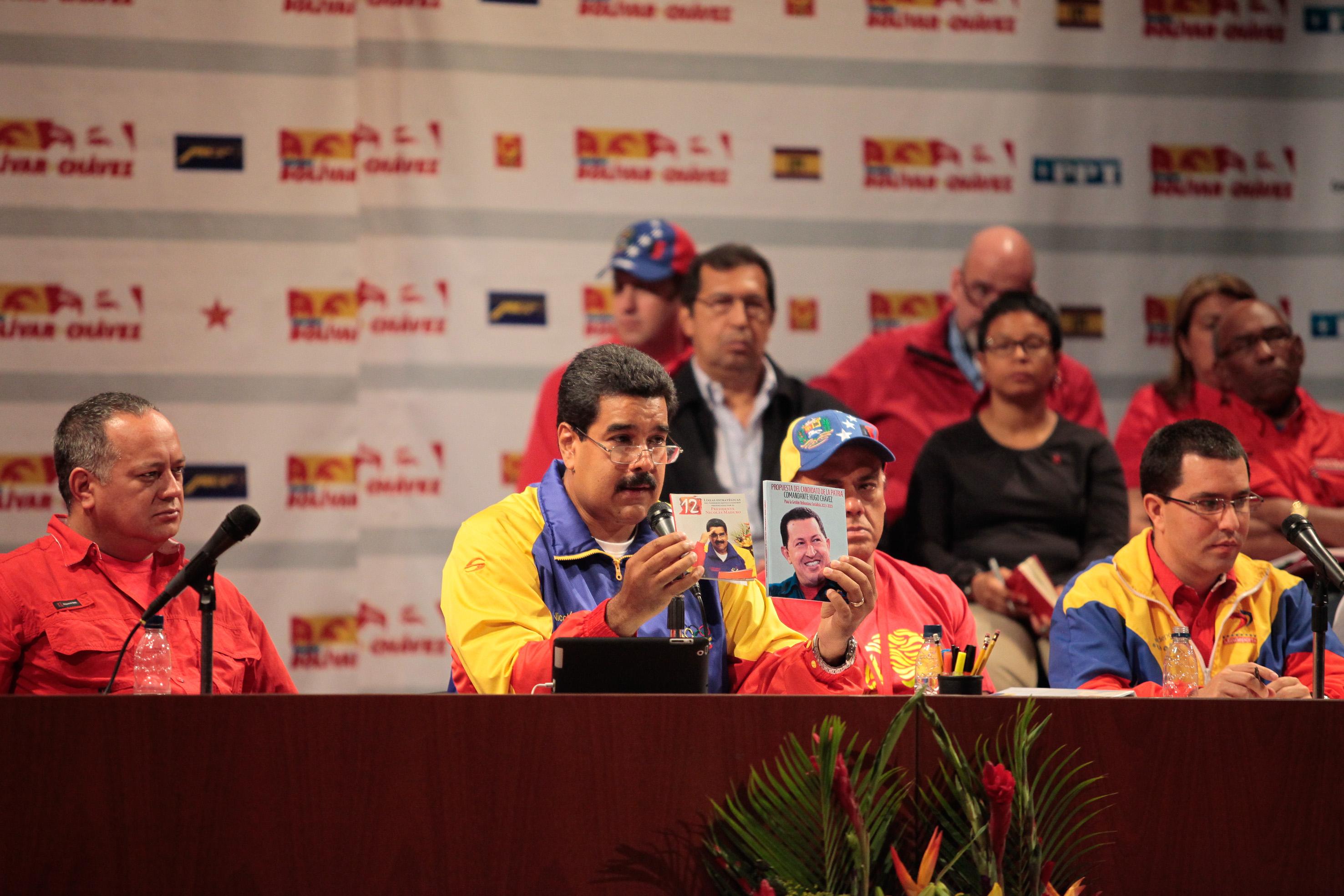 El Polo Patriótico se restea con Maduro hasta el 2019