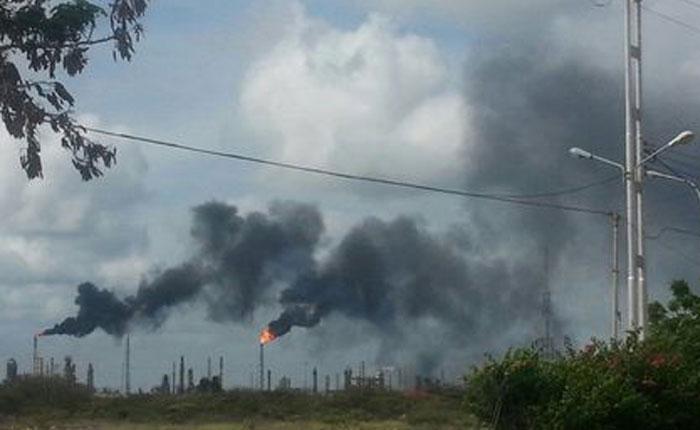 Denunciaron contaminación a causa de las refinerías de Amuay y Cardón