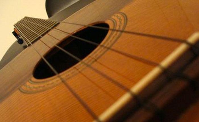 La producción musical como emprendimiento: Alicia pone la letra y Miguel pone la música