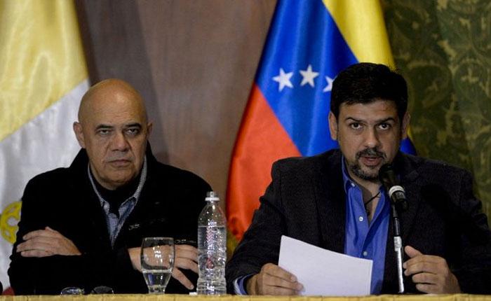 Oposición reitera que no habrá diálogo si el Gobierno no cumple acuerdos