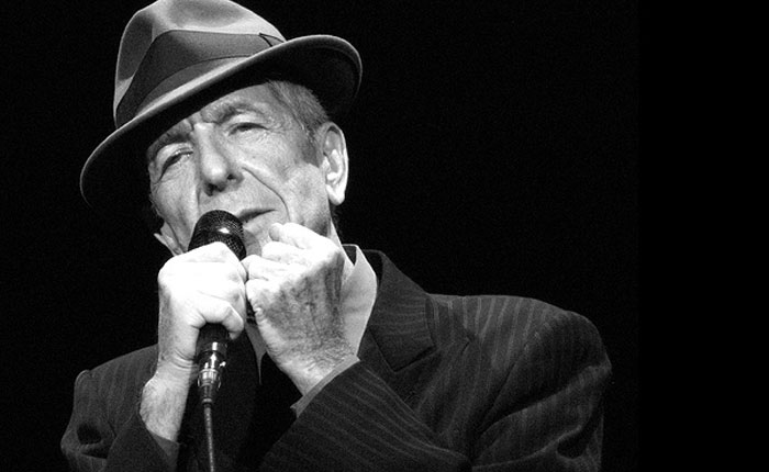 Resultado de imagen de Muere el cantautor y poeta Leonard Cohen a los 82 años