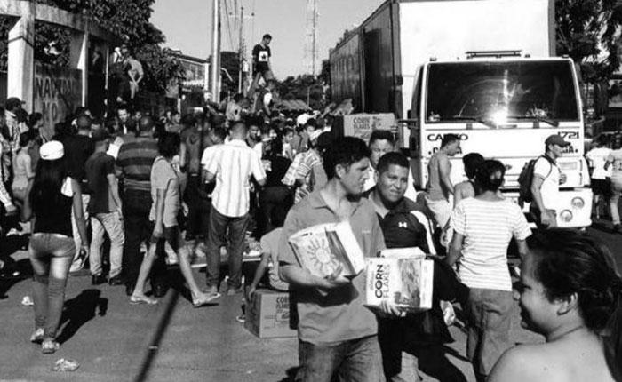 De saqueos y policías, por Alejandro Moreno