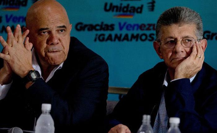 Oposición anuncia que reactivará juicio contra Nicolás Maduro