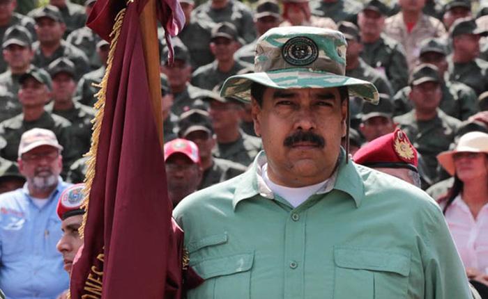 """Embajada de EEUU en Venezuela pide a Maduro permitir """"ayuda humanitaria"""""""