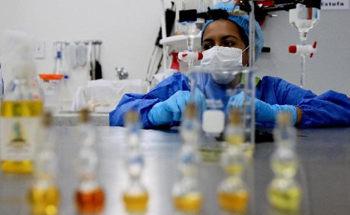 Vacuna-Ébola.jpg