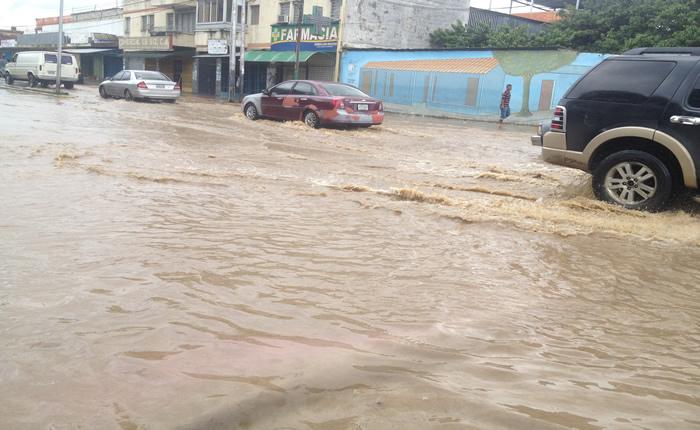 [FOTOS] En Carabobo llovió en 4 horas lo que llueve en 16 días
