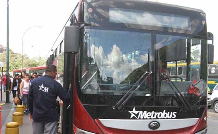 Sistema Metro y Metrobús prestarán servicio gratuito hasta el lunes