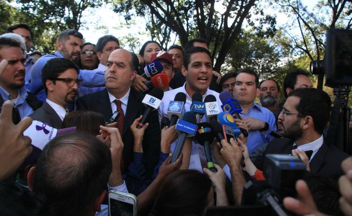 Diputados de la AN se expresaron desde la Maternidad Concepción Palacios