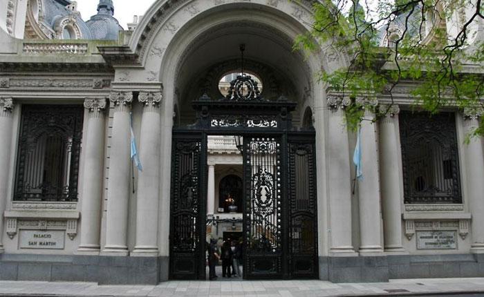 Gobierno argentino celebra la liberación de siete presos políticos en Venezuela