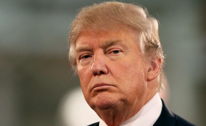 Inteligencia informó a Trump que Rusia tiene datos comprometedores sobre él