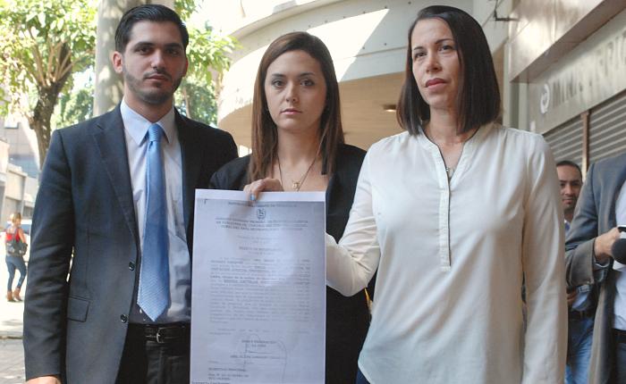 Familiares y defensa de Yon Goicochea exhortan a funcionarios a acatar sentencia de liberación