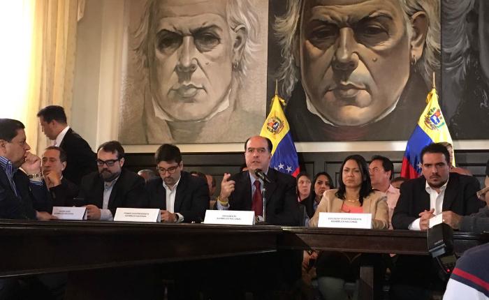 Transparencia Venezuela debatió alcances de la Asamblea Nacional