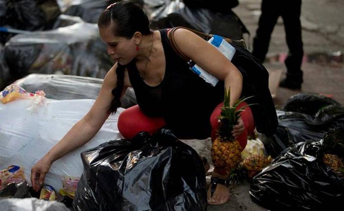 """Venezuela se mantiene como """"el país más miserable del año"""""""