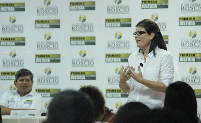 """Paola Bautista: """"Familias serán un muro de contención para la ideologización en las escuelas"""""""