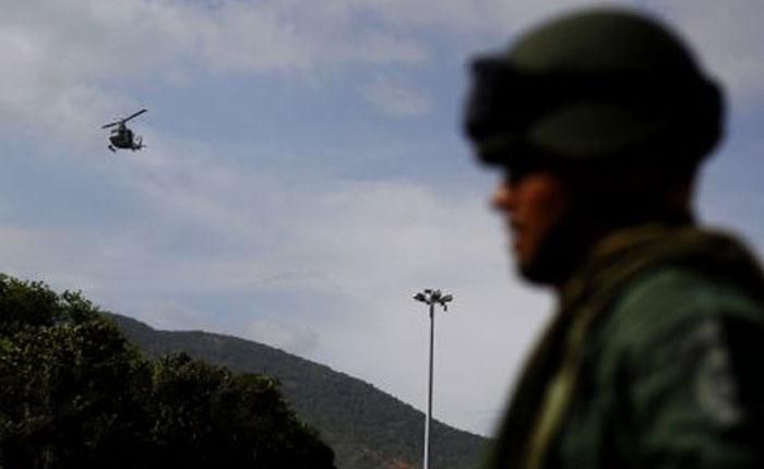 Roban fusiles a militares que custodiaban centro de votación en Sabaneta