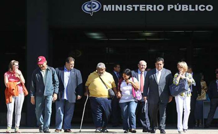 AN-Familiares-helicoptero-Amazonas-Ministerio-Publico-Fiscalia.jpg