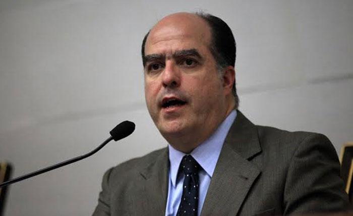 Julio Borges: Desplegar Fuerzas Especiales de la Milicia en las comunidades es un acto de paramilitarismo