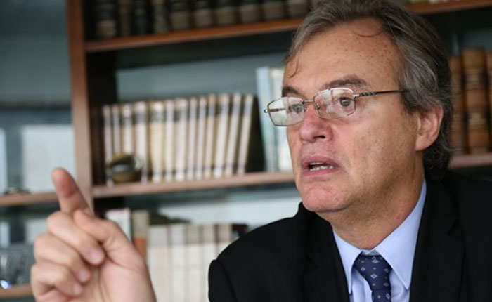 Perú regularizará a 6.000 venezolanos tras suspensión del Mercosur