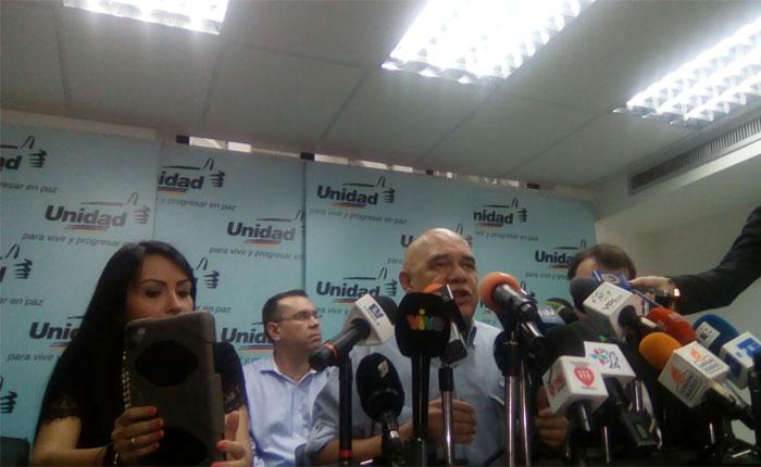 Una junta será la encargada de reestructurar a la MUD