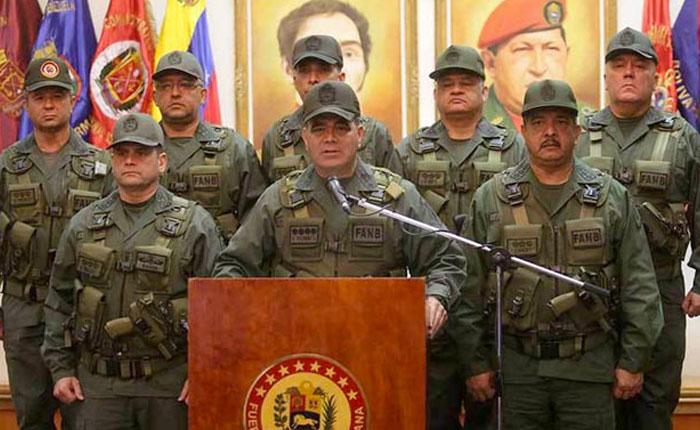 """Padrino López pedirá a la ANC agregar el término """"bolivariana"""" a la Fuerza Armada Nacional"""