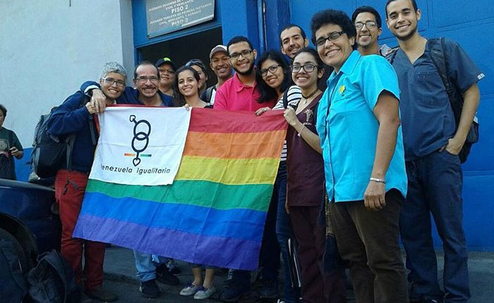 Organizaciones LGBT claman por nulidad de artículo 44