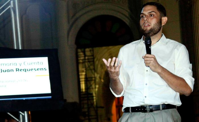 """Juan Requesens: """"Tenemos el deber de devolverle a la gente la fe en la política"""""""