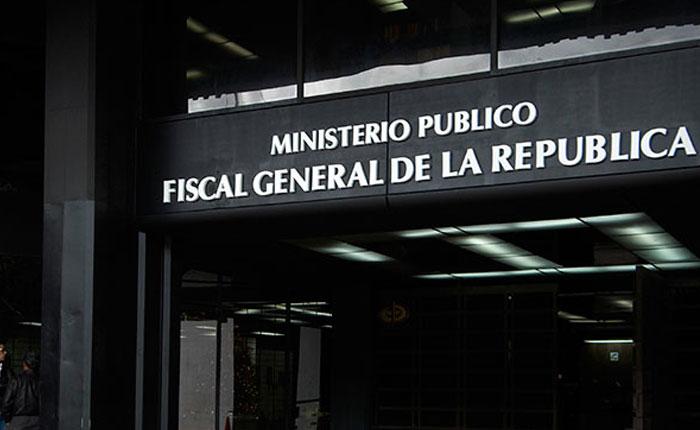 """Fiscalía presentará a 40 personas por """"violencia"""" en protestas del lunes"""