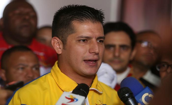 Ministro Maldonado denuncia campaña para que juventud venezolana emigre