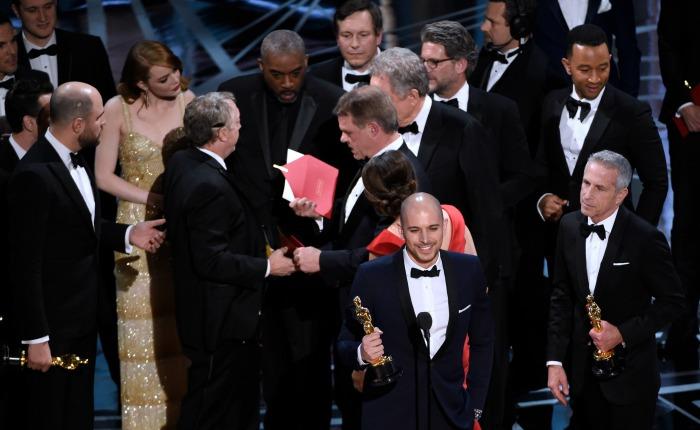 Claves para entender qué sucedió en los premios Óscar 2017