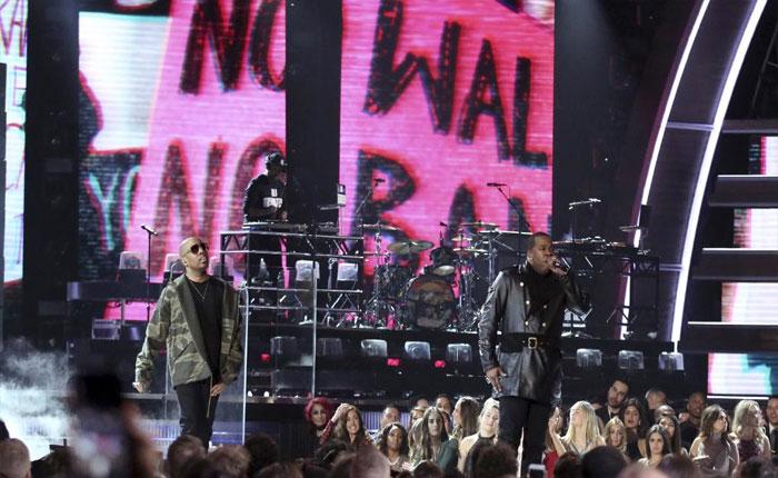 La gala de los Grammy se llenó de críticas a Donald Trump