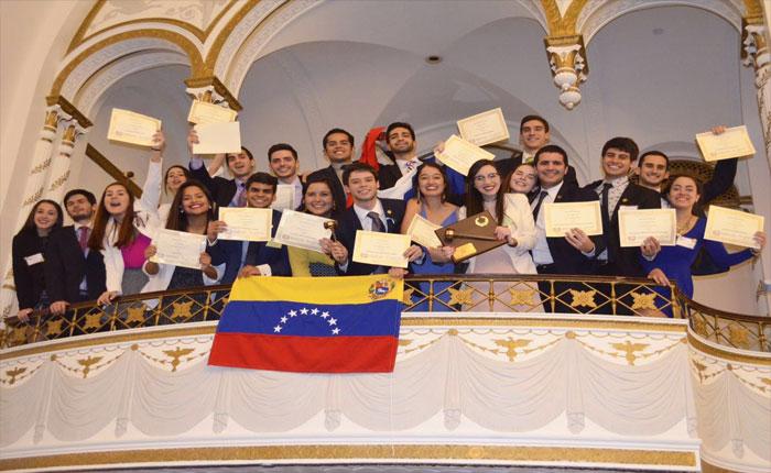 UCAB y Universidad Simón Bolívar destacaron en modelo de Naciones Unidas de Harvard