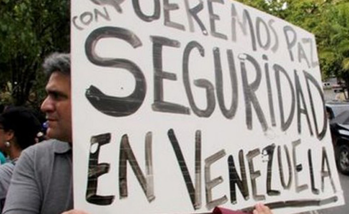 Represión socialista y equitativa, por José Domingo Blanco