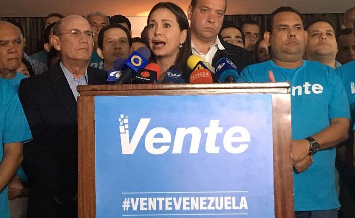 Oficialistas atacan a militantes de Vente Venezuela y VP en Barinas y Falcón
