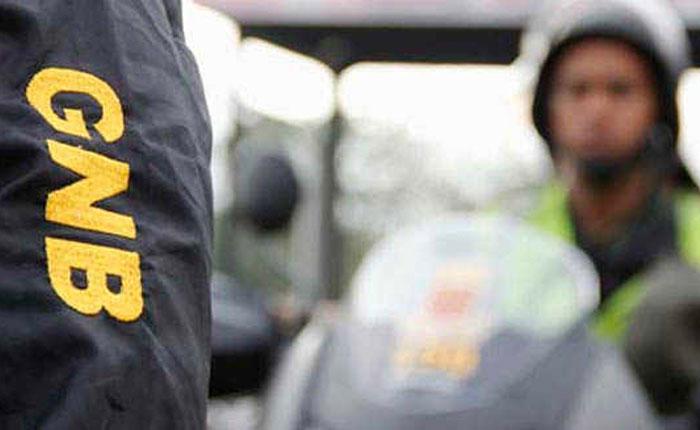 Detienen a dos sargentos de la FANB e investigan a un mayor por traslado de 314 panelas de presunta cocaína