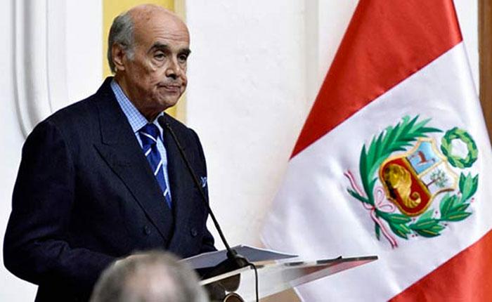 Perú pide invocar la Carta Democrática por crisis en Venezuela