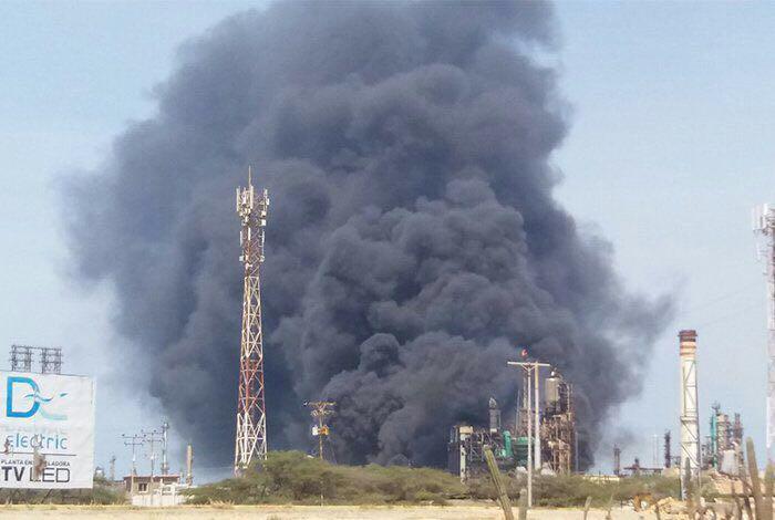 """Pdvsa reportó """"incendio menor"""" en refinería de Amuay"""