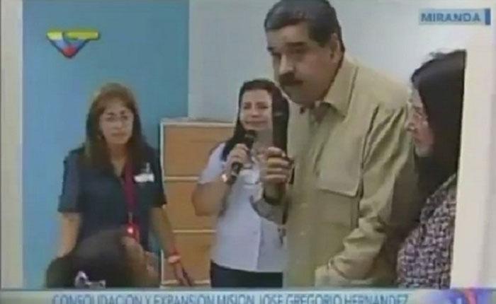 """Madre: """"Presidente estamos pasando hambre"""", Maduro: """"Tienes nombre de actriz"""""""